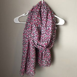 Forever 21 Cheetah print scarf // new